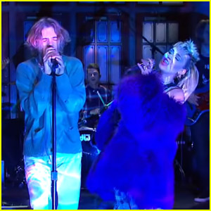 Miley Cyrus is Joined by The Kid LAROI for 'Without You' Performance on 'SNL' - Watch!