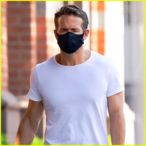 Ryan Reynolds Masks Up in New Candid Photos Taken in New York City