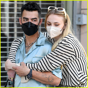 Joe Jonas & Sophie Turner Look So Cute & Happy in These New Mother's Day Candid Photos!