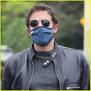 Ben Affleck Picks Up His Kids After Romantic Dinner With Jennifer Lopez