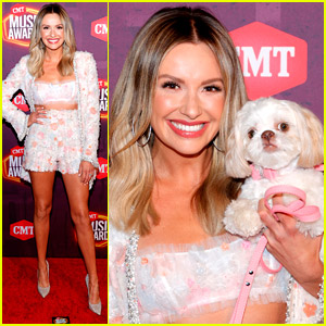 Carly Pearce Brings Her Dog June To CMT Awards 2021!