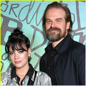 David Harbour Reveals Who Convinced Him to Marry Lily Allen During the Pandemic