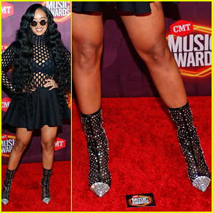 H.E.R.'s Studded Boots Steal The Show at CMT Awards 2021