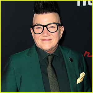 OITNB Star Lea DeLaria Revealed She Was Gay-Bashed At Age 24
