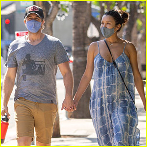 Glee's Matthew Morrison Spotted Strolling Hand-in-Hand with Wife Renee